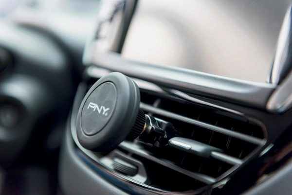 PNY HVEMGK01RB Universal Car Holder