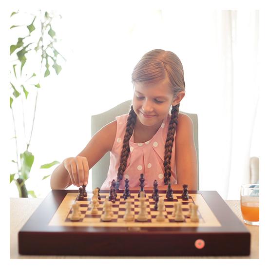 Square Off World's Smartest Chess Board