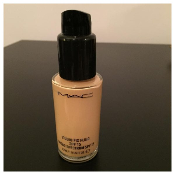 MAC Studio Fix Flude SPF15 NC25 with FOND DE TEINT 30ml Foundation