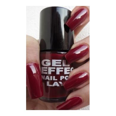Layla Gel Effect Nail Polish Red & Rich 007