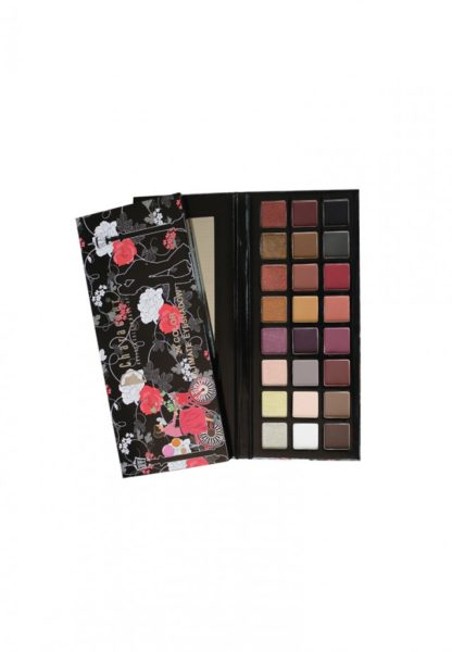 Character 24 Color Ultimate Eyeshadow Multicolor NR002