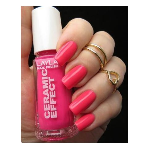 Layla Ceramic Effect Nail Polish Dark Pink Fluo 110