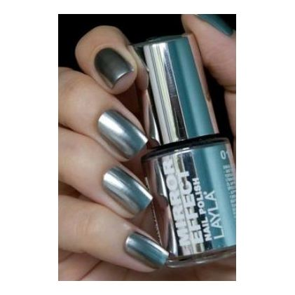 Layla Mirror effect Nail Polish Metal Chrome 001