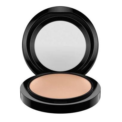 MAC Skinfinish Natural Mineralize Medium Dark Powder