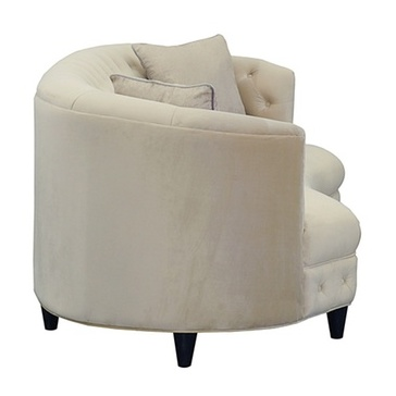 Kidney-Shaped Club Sofa with 2 Accent Pillows in Beige Color