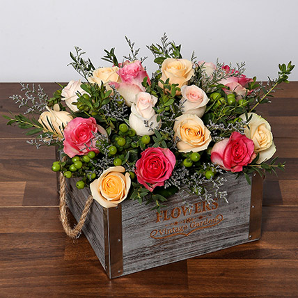 Dreamy Arrangement Of Mixed Roses