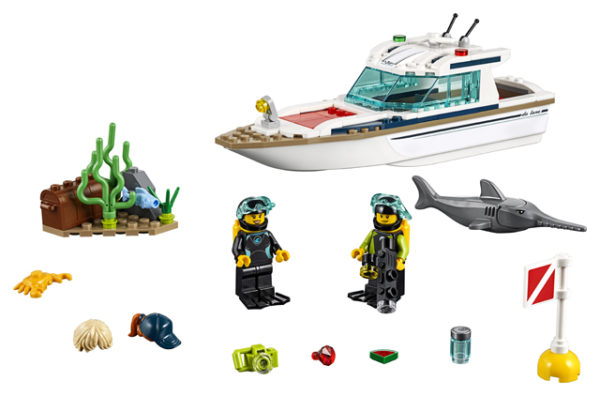 LEGO 60221 Diving Yacht Toy