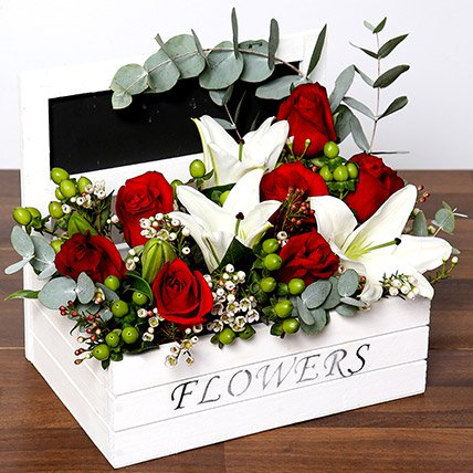 Beautiful Roses & Oriental Lilies Arrangement