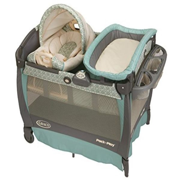 Graco 1812885 Pack N Play Playard With Cuddle Cove